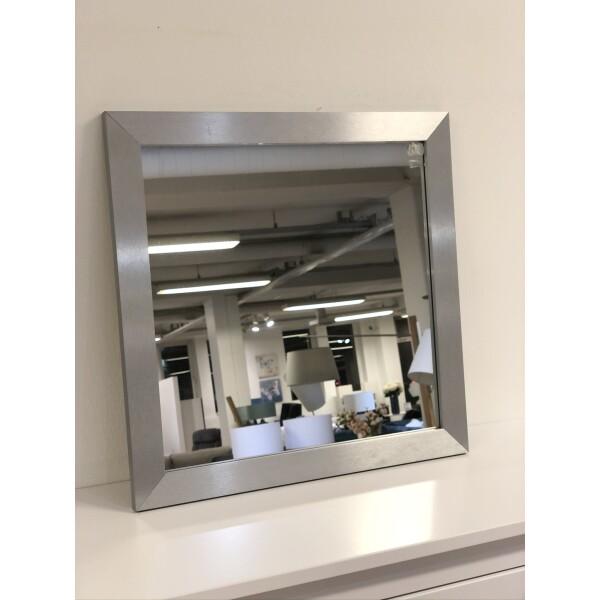 peegel hõbedane